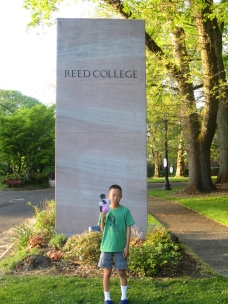 "Melody from ""Out of My Mind"" visits Reed College"